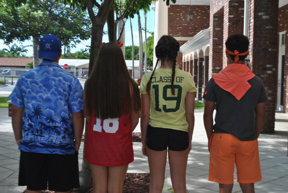 Students from each grade show off their class colors. (via Sophie Glassman, junior)