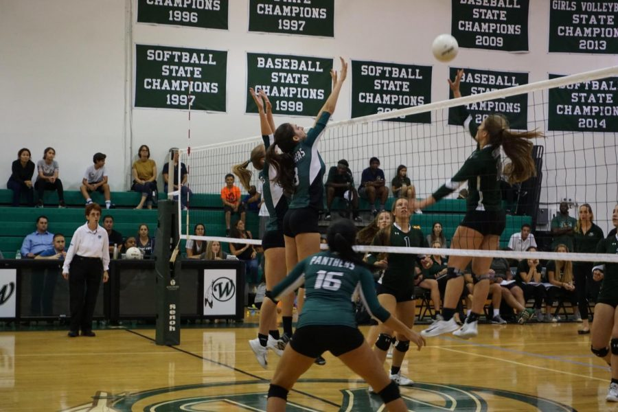 The girls volleyball team fell short in a five set nail-biter against Berkeley Prep. (via Grace Luciano, senior)