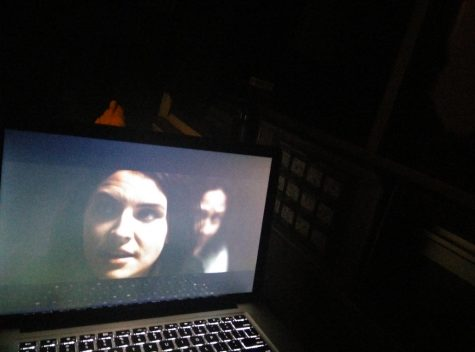 A horror movie playing late at night on a computer screen (via Tom Lianza, Flickr)